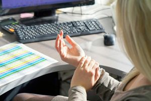 Carpal Tunnel injury at work needs a workers' compensation lawyer